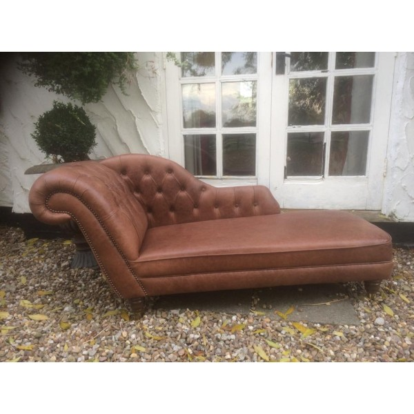 Elegant Traditional Leather Chaise Longue * SOLD *